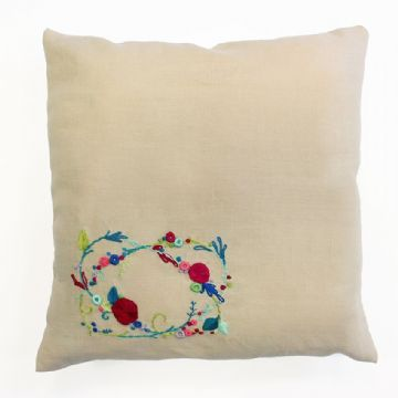 DMC MEADOW SWEET Embroidery Cushion Kit TB114 - Rose Garland 40 x 40 cm